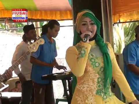 Sukunul Lail Voc: Tomim Safitri Qasidah Modern An Nawa terbaru 2017