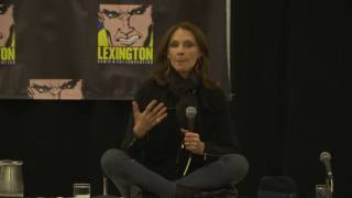 Video Gates McFadden: Beverly Crusher - TNG Q&A download MP3, 3GP, MP4, WEBM, AVI, FLV Agustus 2018