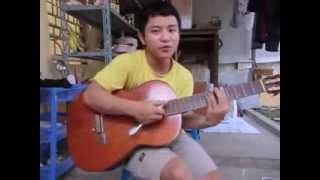 Chơi guitar bằng bàn chải đánh răng More than I can say - Toothbrush guitar by Van Anh