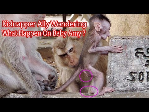 Kidnapper Ally Wondering What Happen On Baby Amy ? Why Amy Has Water Drop Down Like That ? PTM 1980