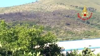 Incendio a Monte Dragone, in fumo 20 ettari di verde - Il Faro on line