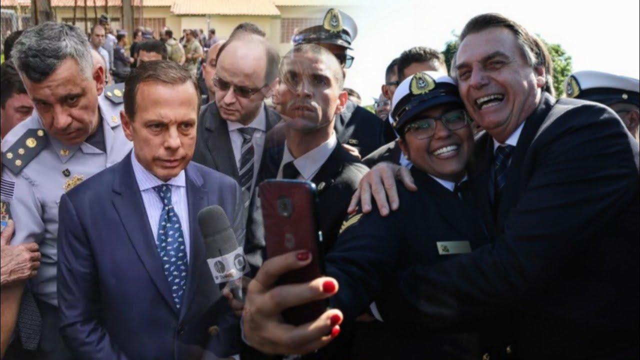 Resultado de imagem para Dória é VAIADO e Bolsonaro OVACIONADO por multidão em SP
