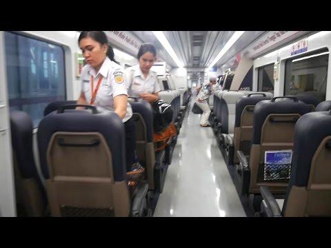 Mewahnya Kereta Api Bandara Kualanamu Medan - Railink Kualanamu (Kereta Api Indonesia terbaru 2016)