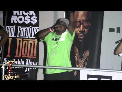 Chicago Hip Hop artist Dutch Shultzz
