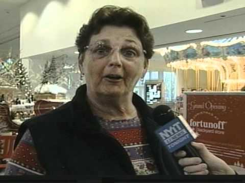 NYIT's LI News Tonight: Fortunoff Christmas Store - YouTube
