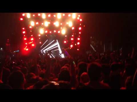 DJ Snake ULTRA 2014 (Move Your Feet)