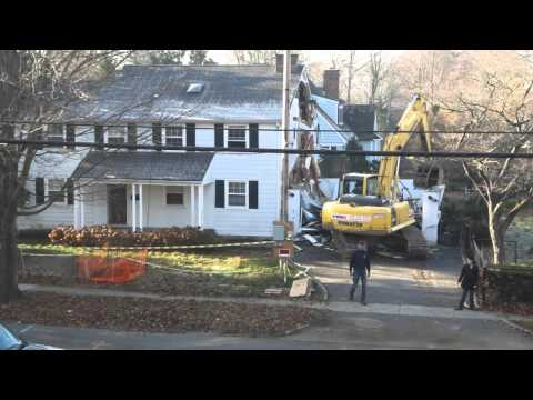 2015 House Demolition from whole to hole in 48 minutes! (in full HD!)