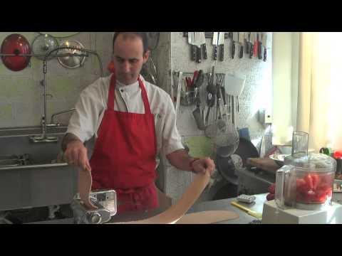 שידור חוזר מתוך תכנית הבישול בשידור חי - הכנות לפסח, מצה ופיצה