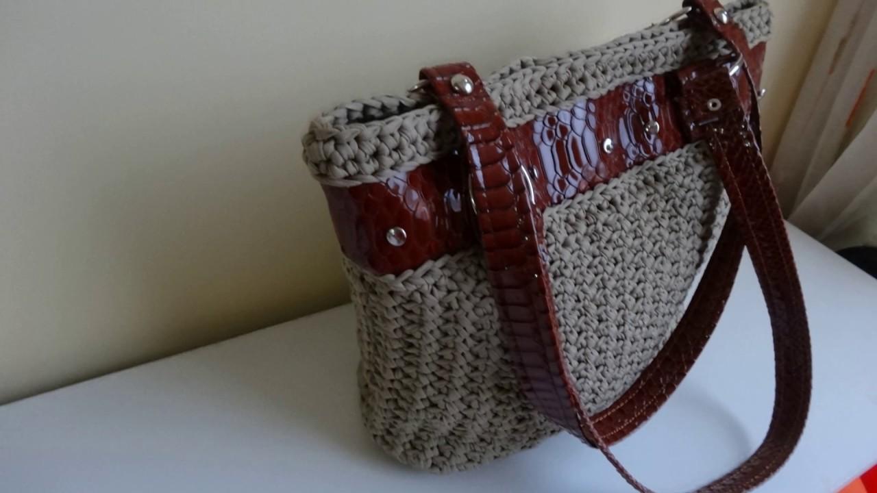 Bolso tejido a crochet en trapillo con aplicacion de piel - Aplicaciones en crochet ...