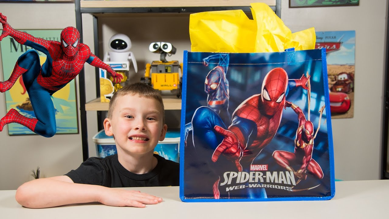Super Hero Toys For Boys : Huge spiderman surprise present for kids super hero toys