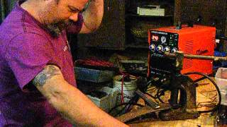 Cutting with the simadre 5200dx Plasma Cutter Welder