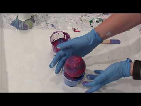 (118) Acrylic Ornament Pour