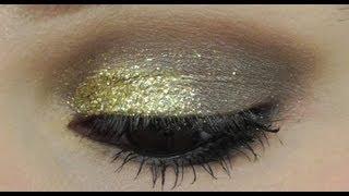 Gold Glitter Makeup for Eyes