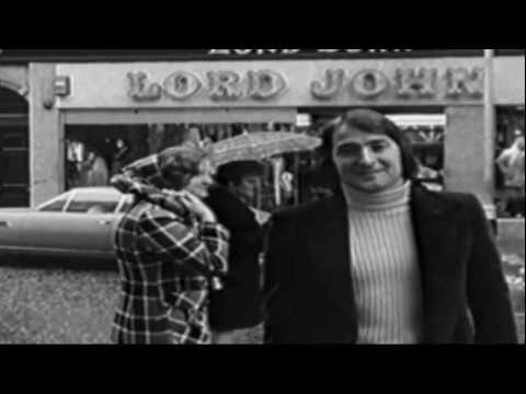 Nino Bravo 3D  Presentador en Londres  Claquetas Pasaporte a Dublin 1970.HD