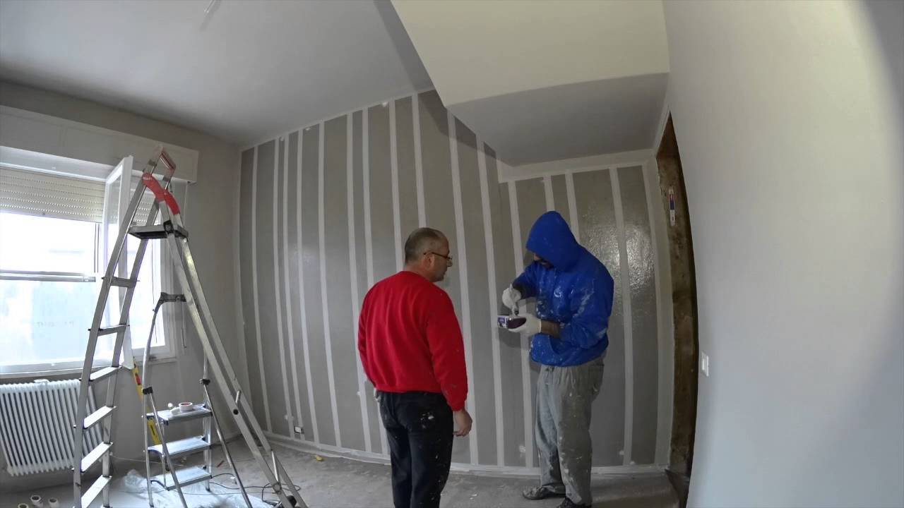 time lapse per la realizzazione di una parete a strisce