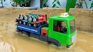 Truck Train for Kids | Dump Truck Transport Thomas and Friends Toy Trains for Children