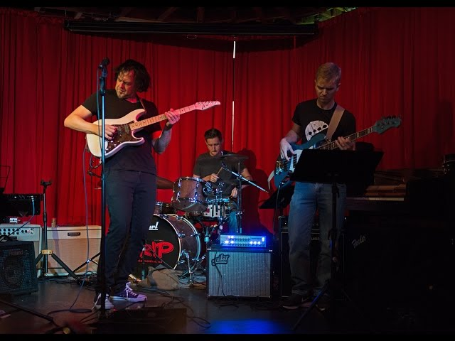 Rob Garland's Eclectic Trio LIVE