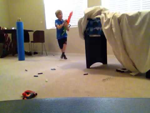 (Nerf war)the tent war & Nerf war)the tent war - YouTube