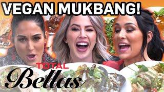 Nikki & Brie Bella Do Vegan Mukbang | Total Bellas | E!