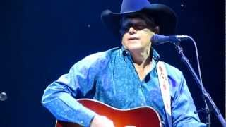 "George Strait performing ""Give It Away"""