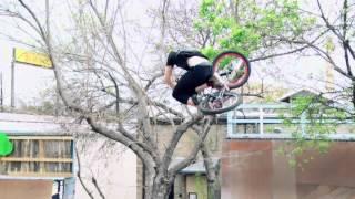 DK Bicycles - Ohio to Austin [w/ DREW BEZANSON & MORE!] (The amazing of humans) 2012