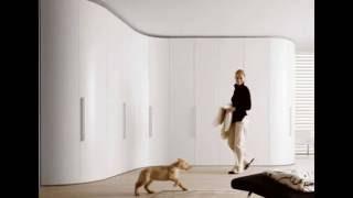 видео Маленький шкаф в спальню: угловые шкафы купе на фото