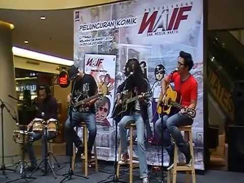 NAIF - APA ADANYA - live acoustic @Citywalk Jakarta