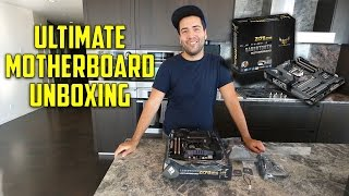 Video THE ULTIMATE MOTHERBOARD FOR THE ULTIMATE PC!! (ASUS Sabertooth Z170 Mark 1 Unboxing) download MP3, 3GP, MP4, WEBM, AVI, FLV Juli 2018