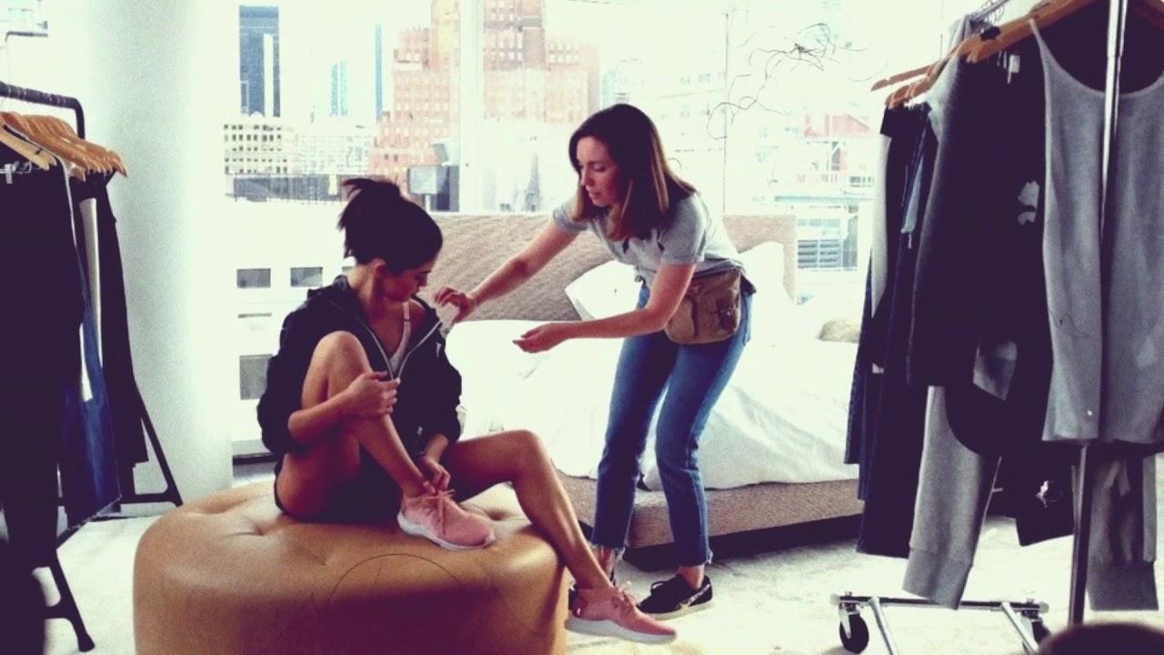 e225c313846 Behind the scenes with Selena Gomez  Puma En Pointe x Namshi - YouTube