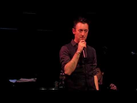 """Alan Cumming performs """"Mein Herr"""""""