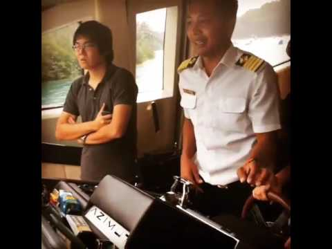 Captain matt with tia ivanka maneuvering halmiton jet drive of azimut 86