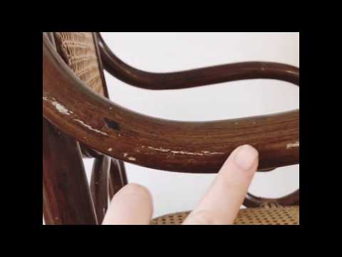 A Quick and Easy Way to Clean A Piece of Wood Furniture