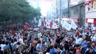 Beşiktaş Çarşı Taksim Meydanına Giriş Yapıyor Occupy Gezi HD 720 P