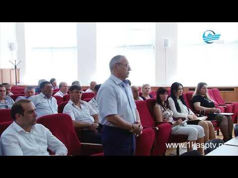 Последствия урагана в Каспийске обсудили на аппаратном совещании в администрации