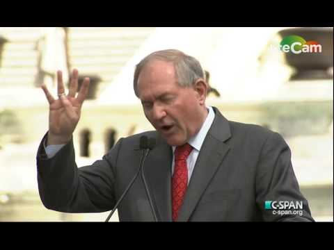 Former Virginia Gov. Jim Gilmore (R) Speaks at Anti-Iran-Deal Rally (9/9/15)