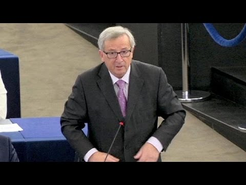 European Parliament rejects bid to sack Juncker Commission