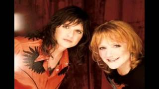 Indigo Girls - Three Hits.wmv