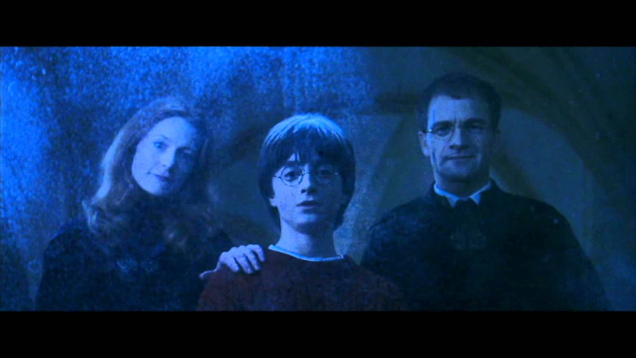 All the Harry Potter Easter Eggs We Spotted in 'The Crimes