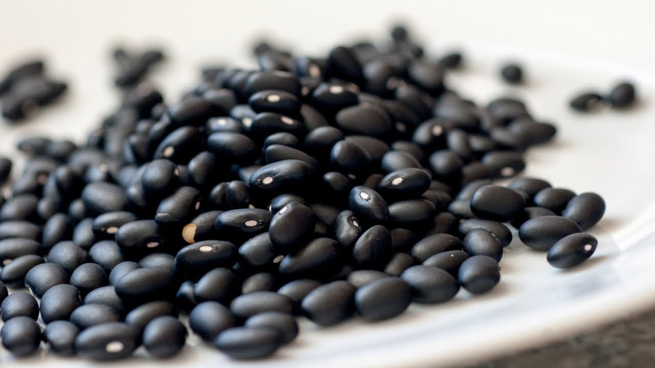 Health Benefits of Black Beans - Vitamins and Minerals in Black ...