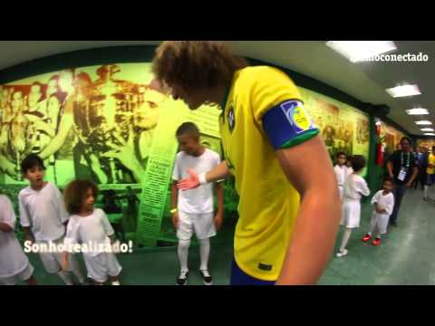 David Luiz realiza o sonho do Mini David Luiz