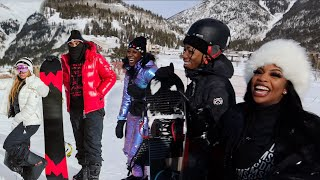 WE WENT SNOWBOARDING WITH OUR FRIENDS FOR THE FIRST TIME!!!