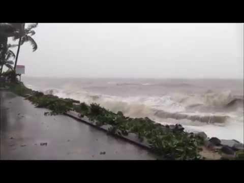 Cyclone Ita hits Cairns