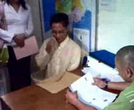 INQUIRER.net Video: Danton Remoto files candidacy... again