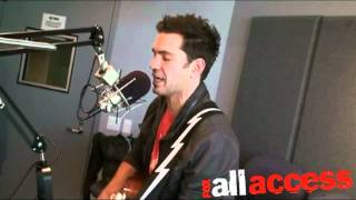 Andy Grammer Gives A Fine Performance of Fine By Me
