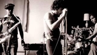 Bruce Springsteen - LITTLE QUEENIE  1975  (audio)