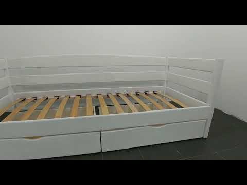 Детская деревянная кровать с бортиками