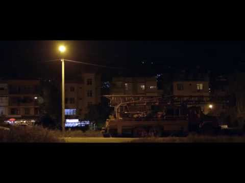 Xander feat. Nadia Gattas - Mit Hjerte Brænder (Officiel Video)