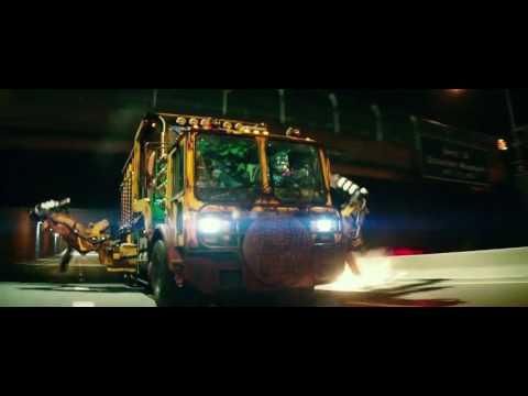 TMNT2 (2016) Foot Clan Chase Scene (HD)
