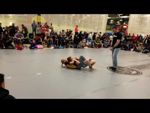 Terah Hieber.  US Grappling.  girl fights boy.  No Gi.  Killer Triangle.