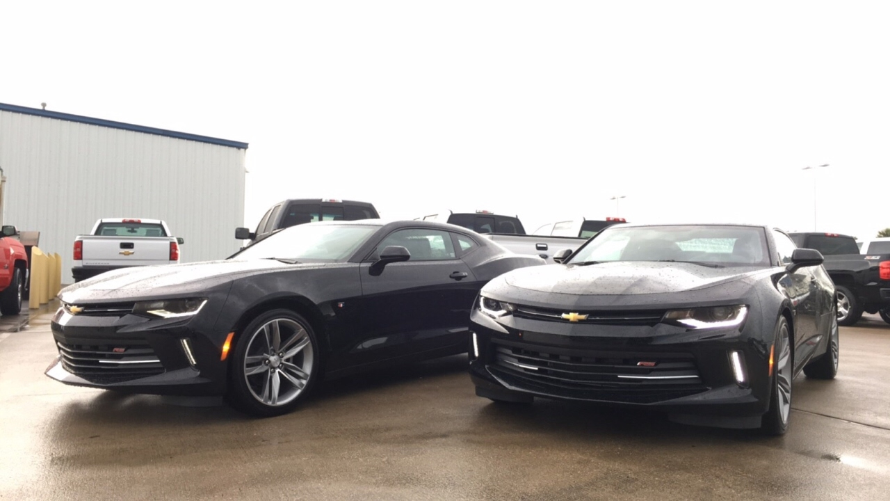 2017 Camaro 1lt Vs 2lt Comparison Youtube